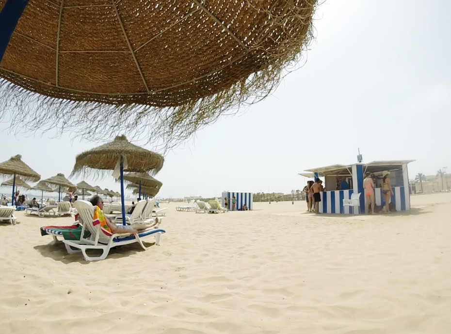 At the beach of Valencia on the hottest day (45 degrees) in 140 year
