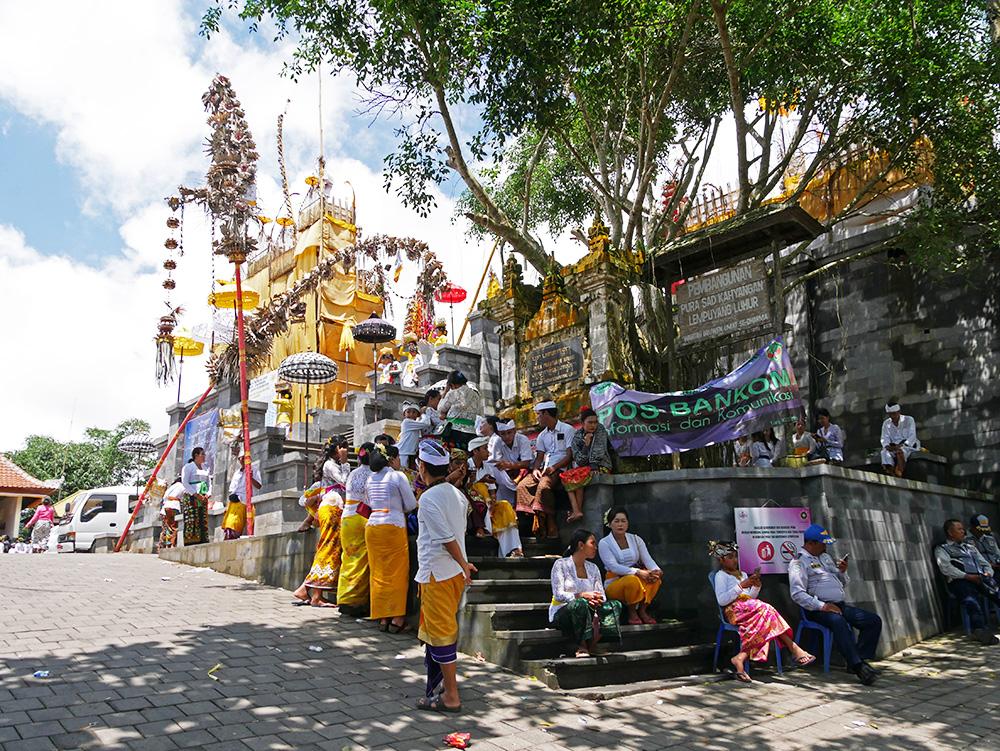 Ceremony Lempuyang Temple - activities in Bali